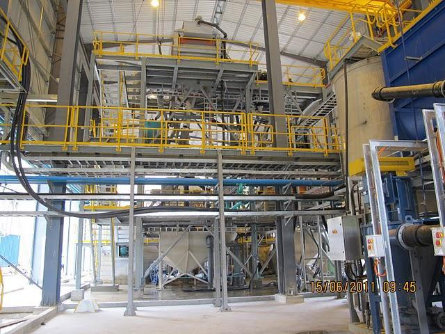 Khung sàn thép nhà máy