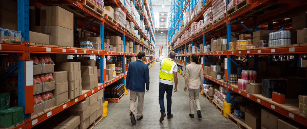 What is warehouse manager? What does a warehouse manager do?
