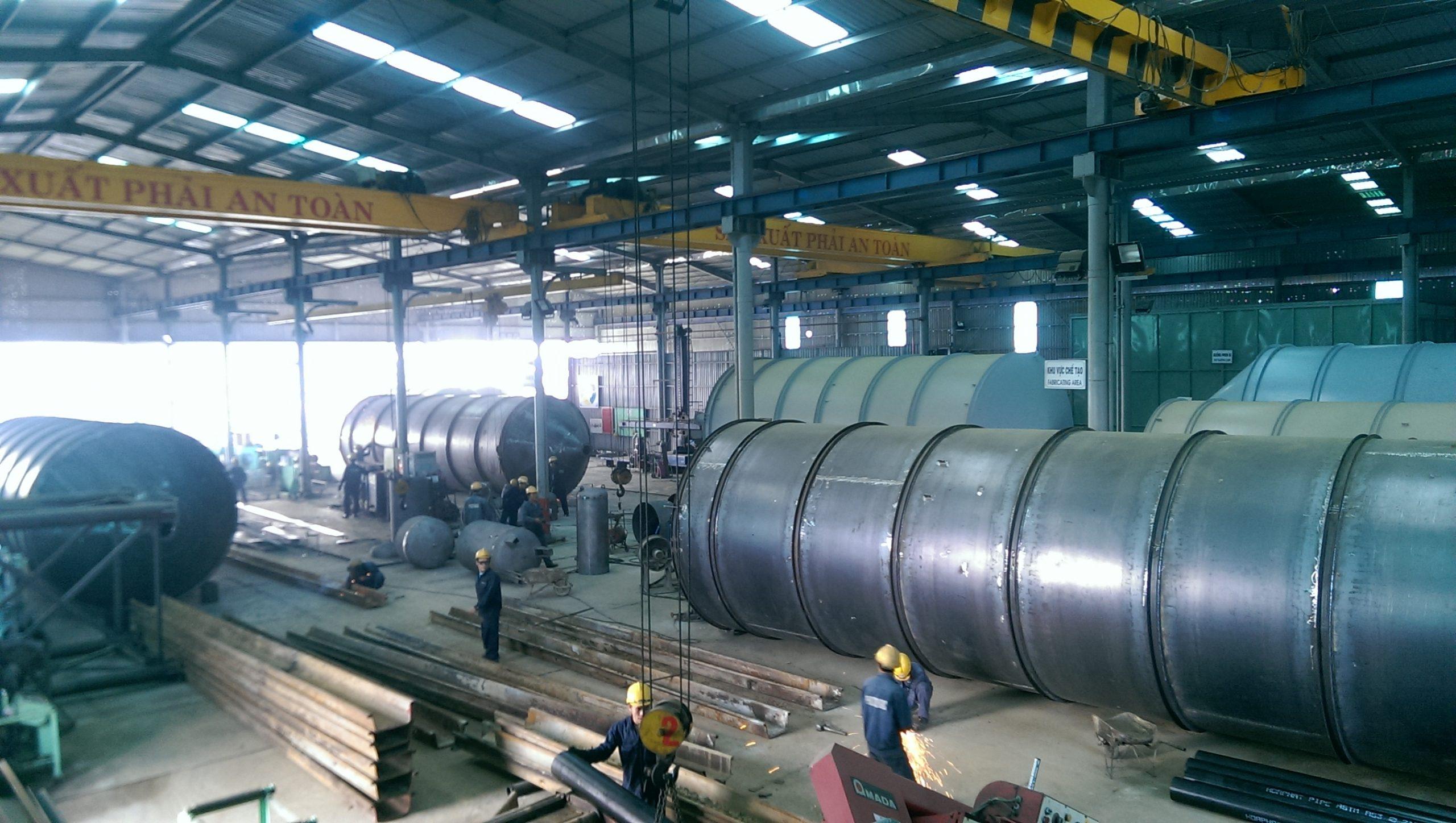 Chế tạo & lắp đặt Silô chứa xi măng 230 Tấn