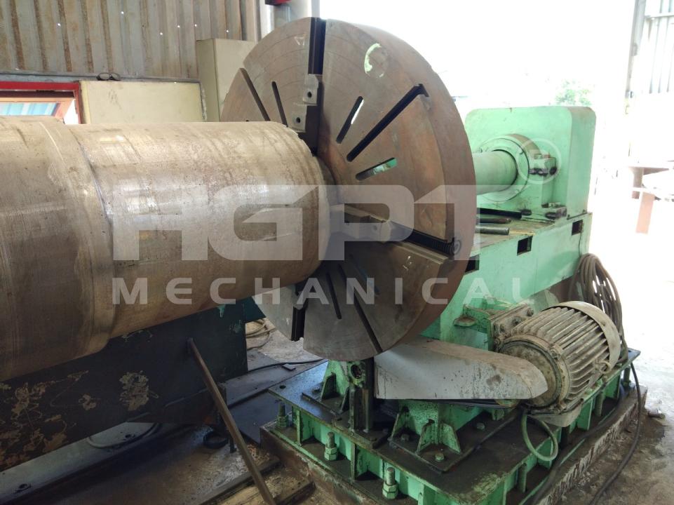 Máy tiện khuôn ly tâm do HGPT Mechanical thiết kết và chế tạo